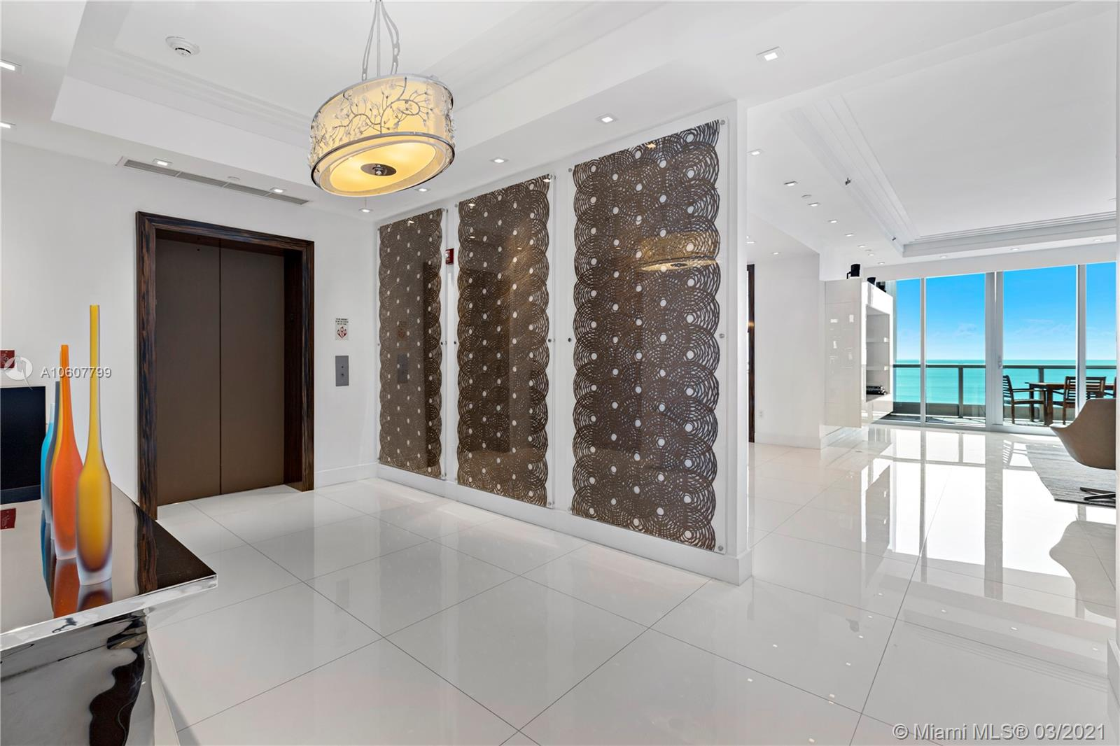 5959 Collins Ave #1104 photo017