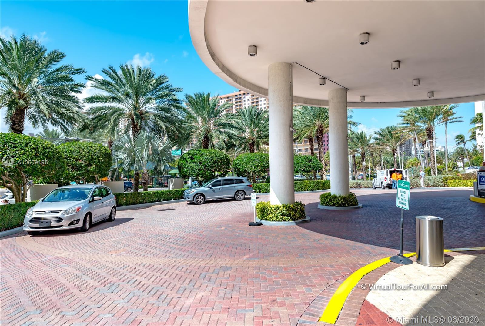 17201 collins ave #1508 photo03