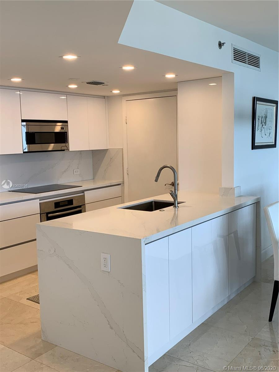 17201 collins ave #1508 photo04