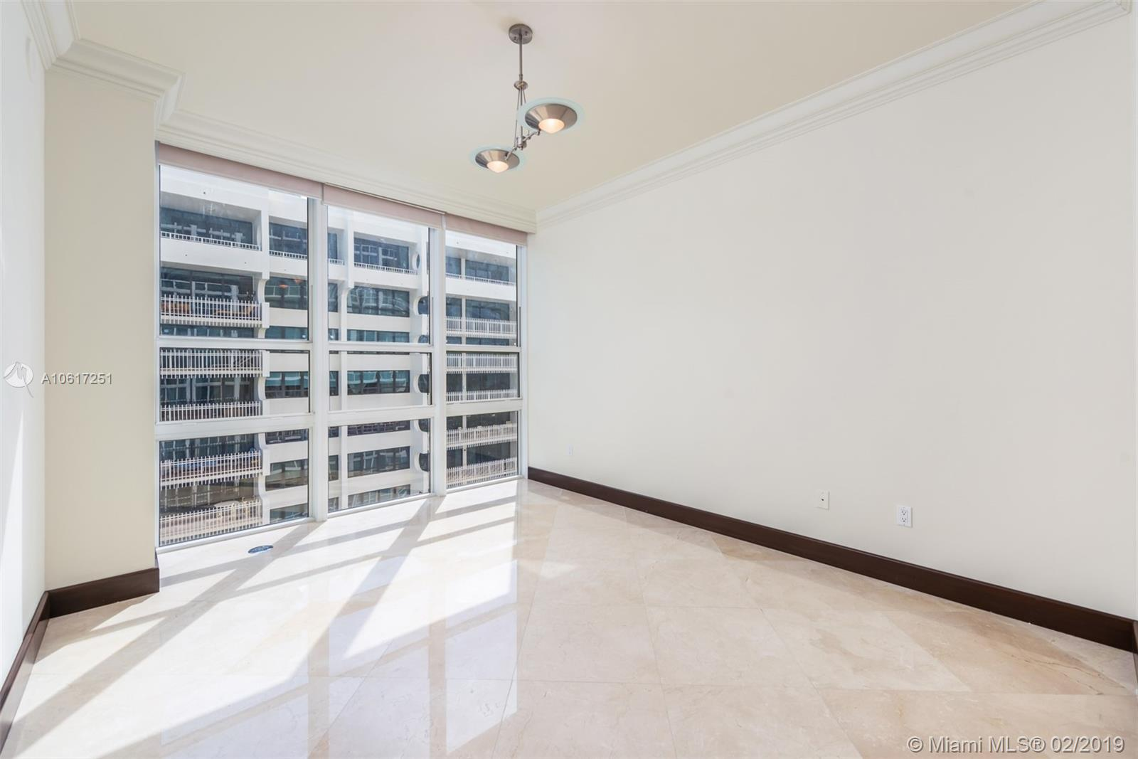 10225 Collins Ave #1202 photo032