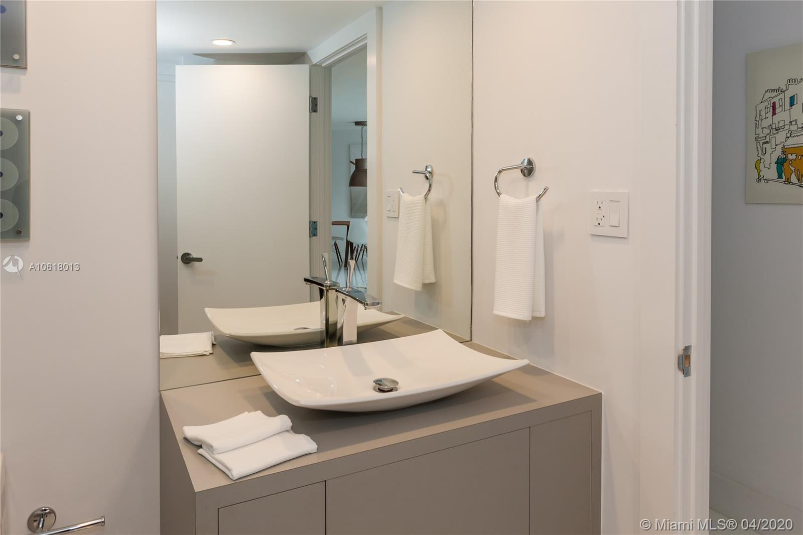 5161 Collins Ave #1718 photo020