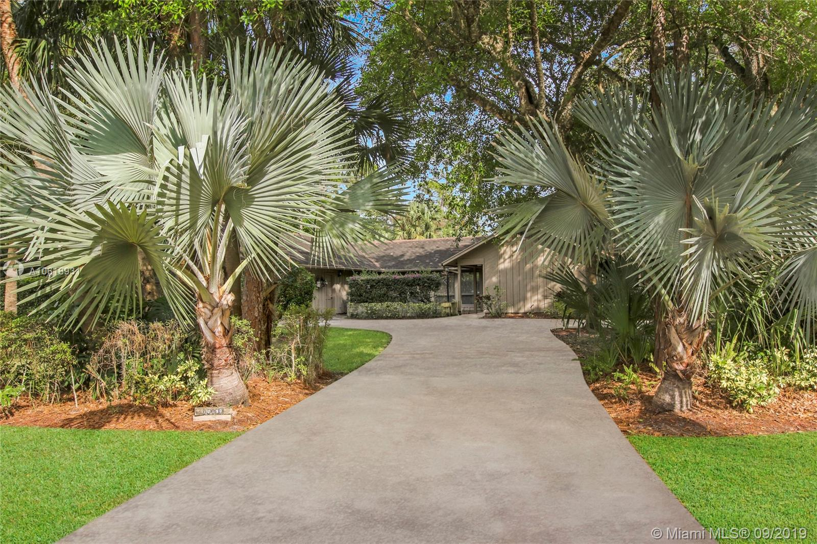 10190 W Trailwood Cir - Jupiter, Florida