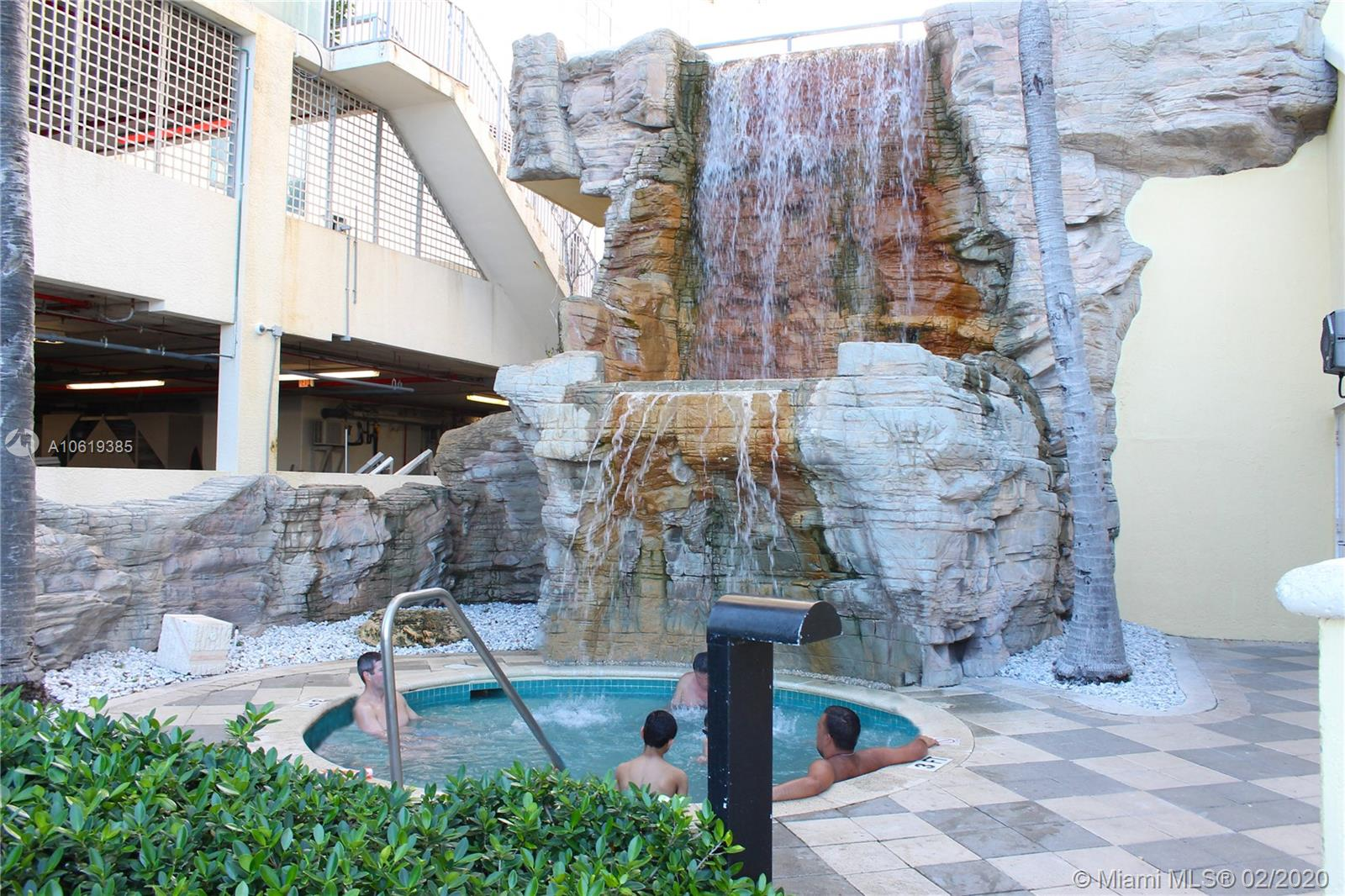 17375 Collins Ave #601 photo016
