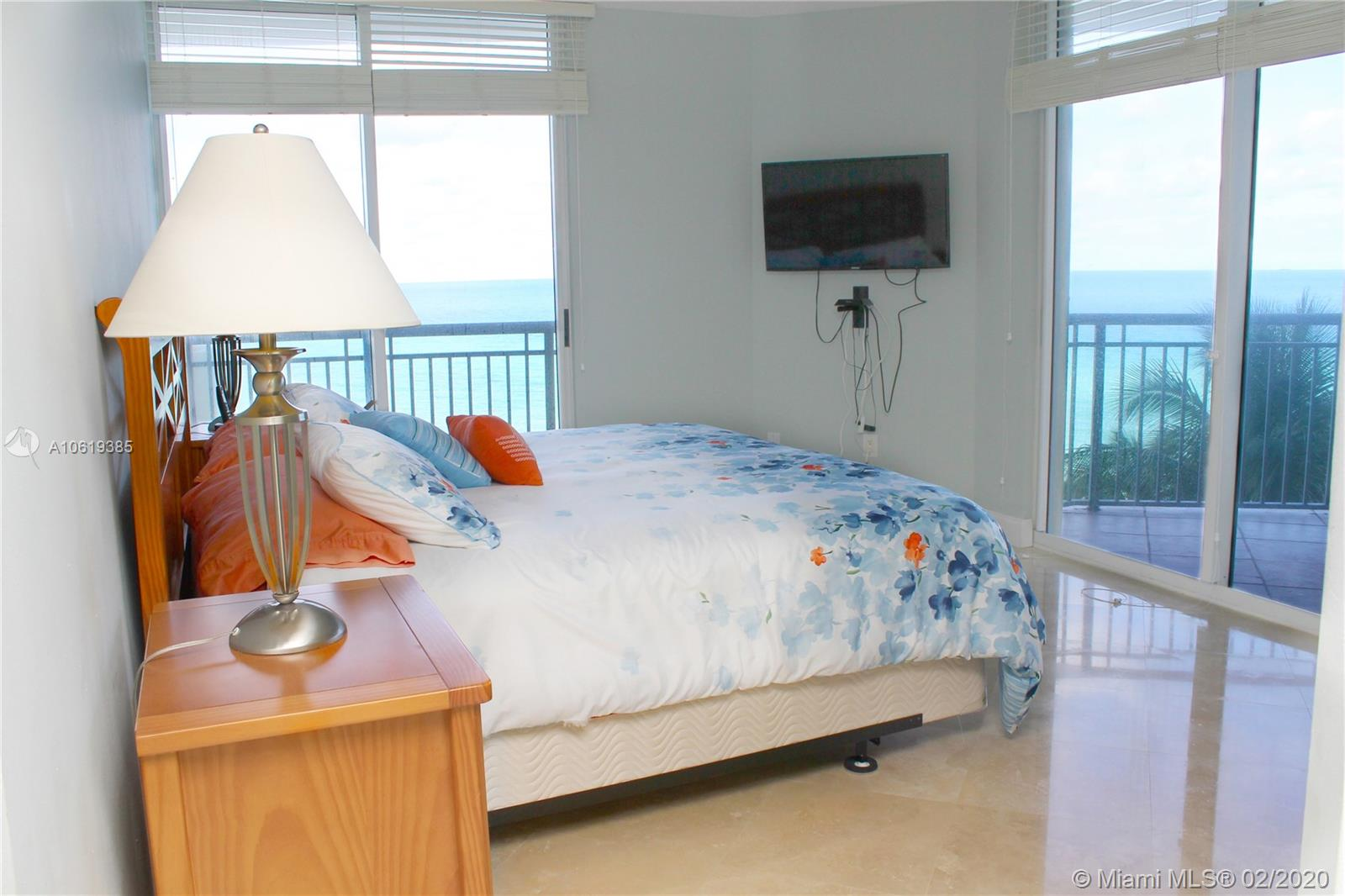 17375 Collins Ave #601 photo07
