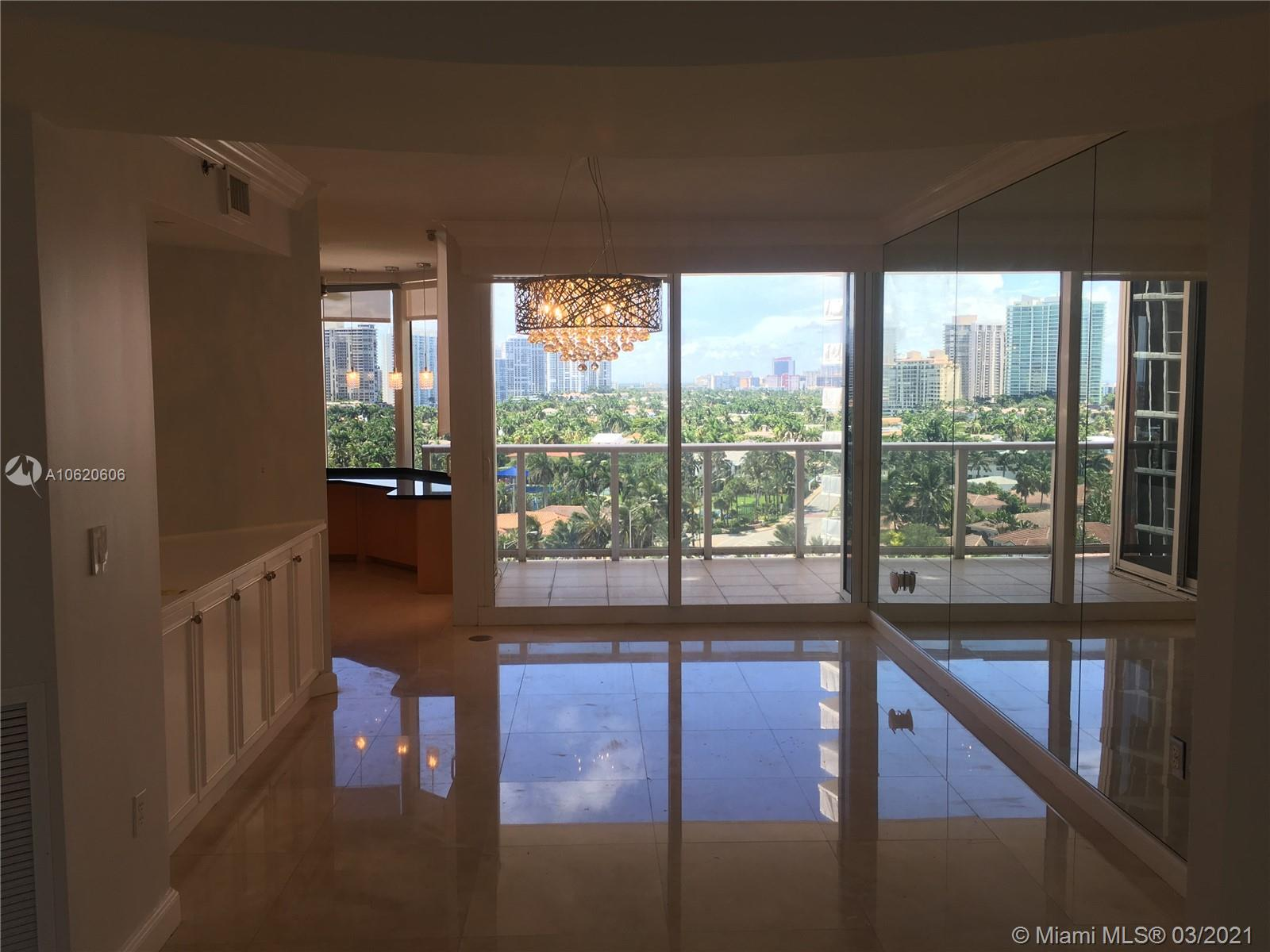 19333 Collins Ave #1109 photo02