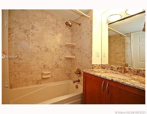 6301 Collins Ave #1703 photo020