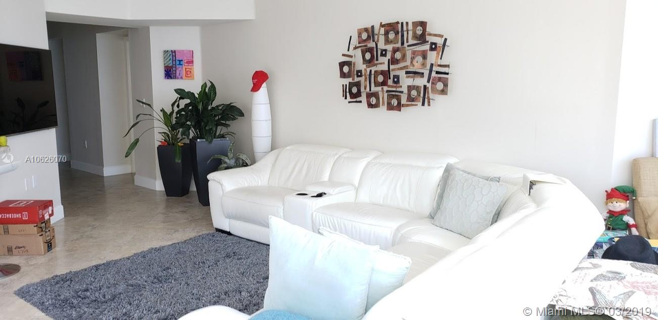6301 Collins Ave #1703 photo09