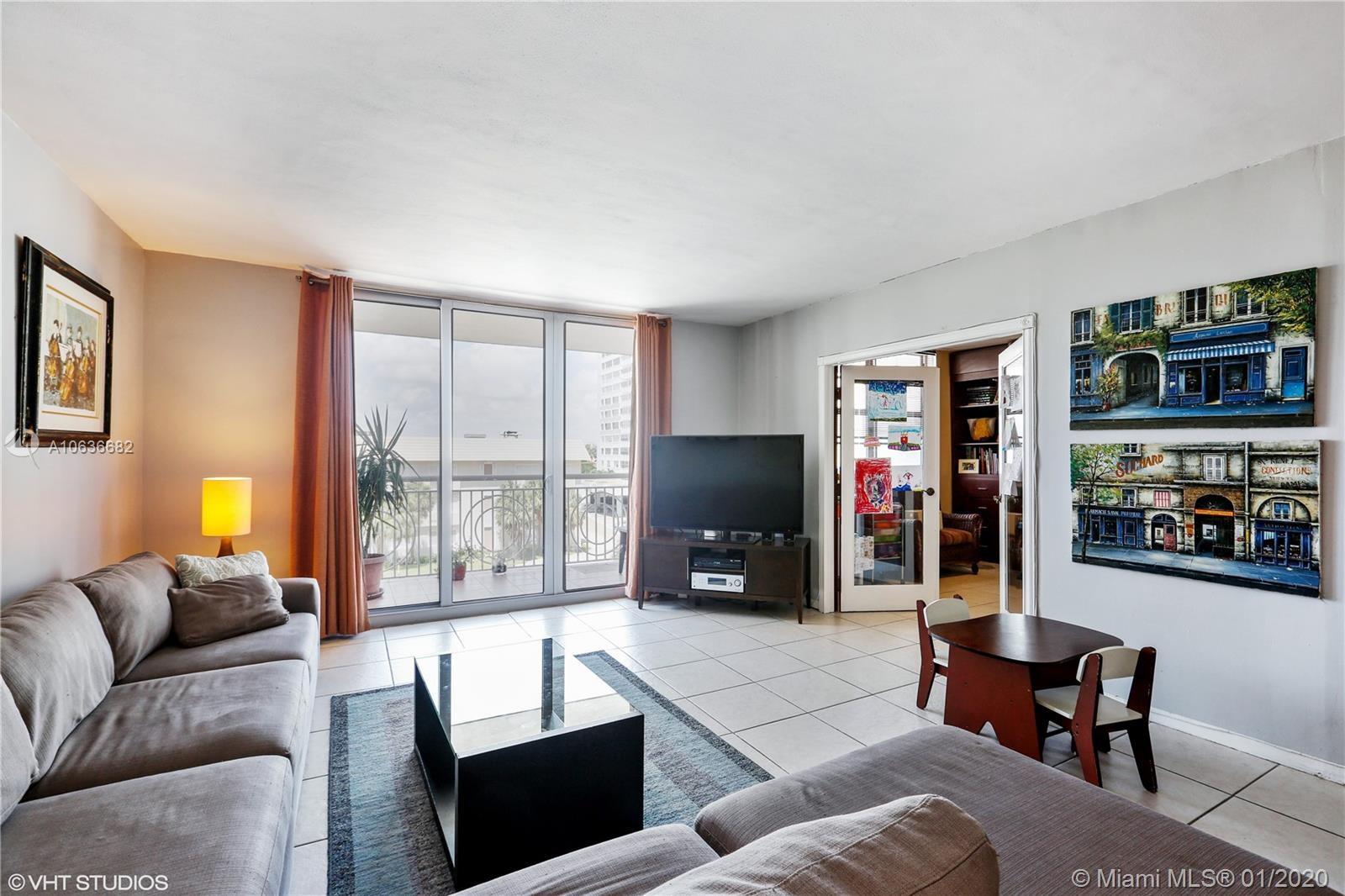 5825 Collins Ave #4A photo01