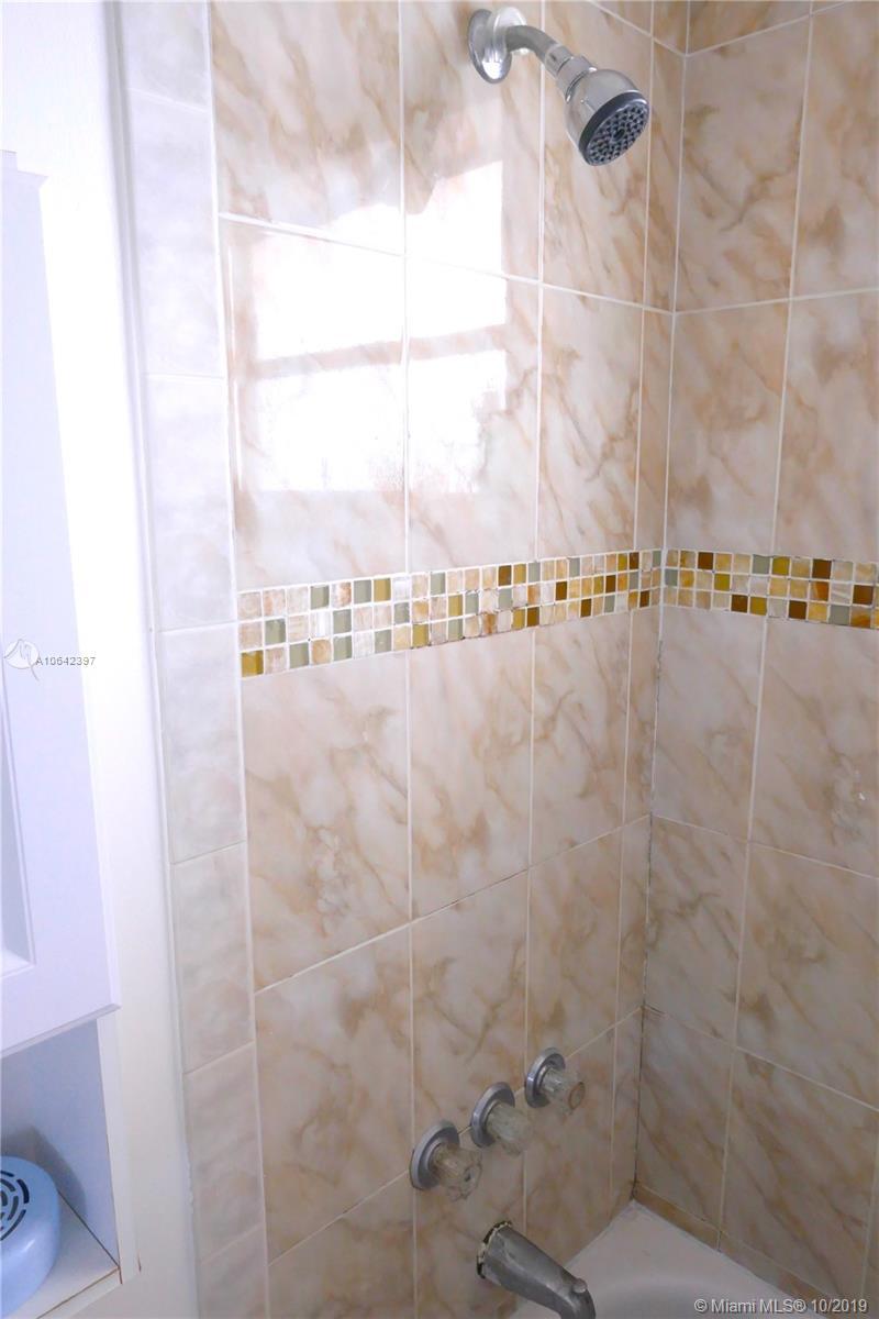 Property 7904 West Dr #1005 image 12