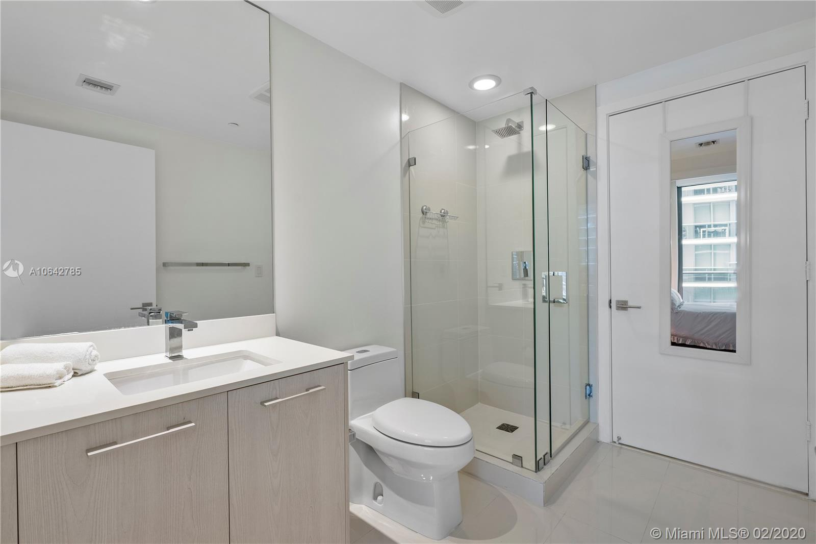 55 SW 9th St #3601 photo011