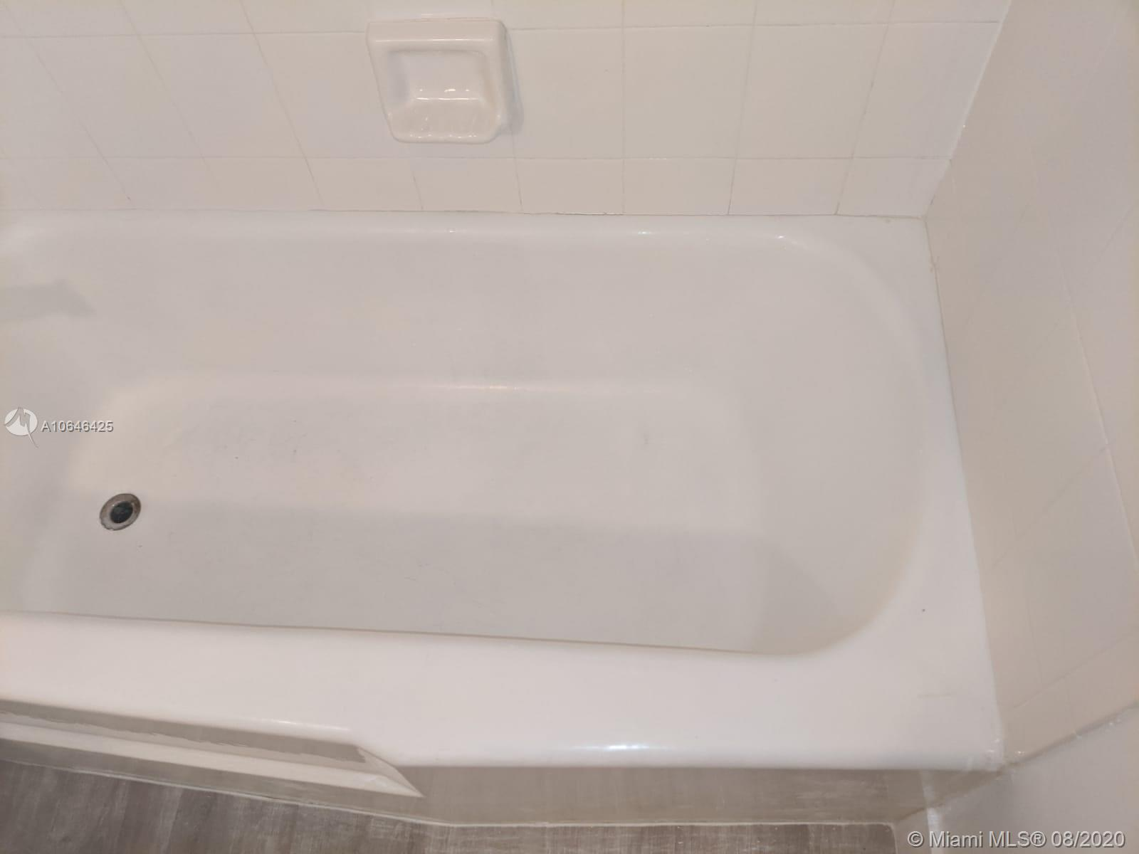 5161 Collins Ave #1410 photo013