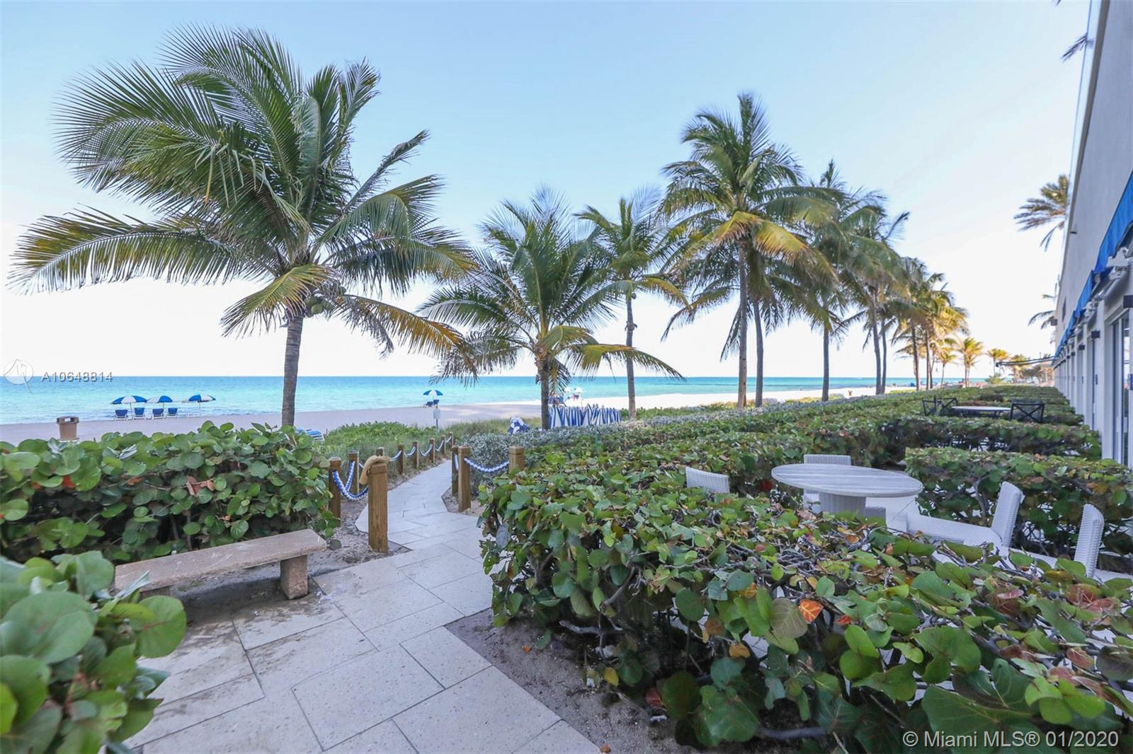 18911 Collins Ave #703 photo021