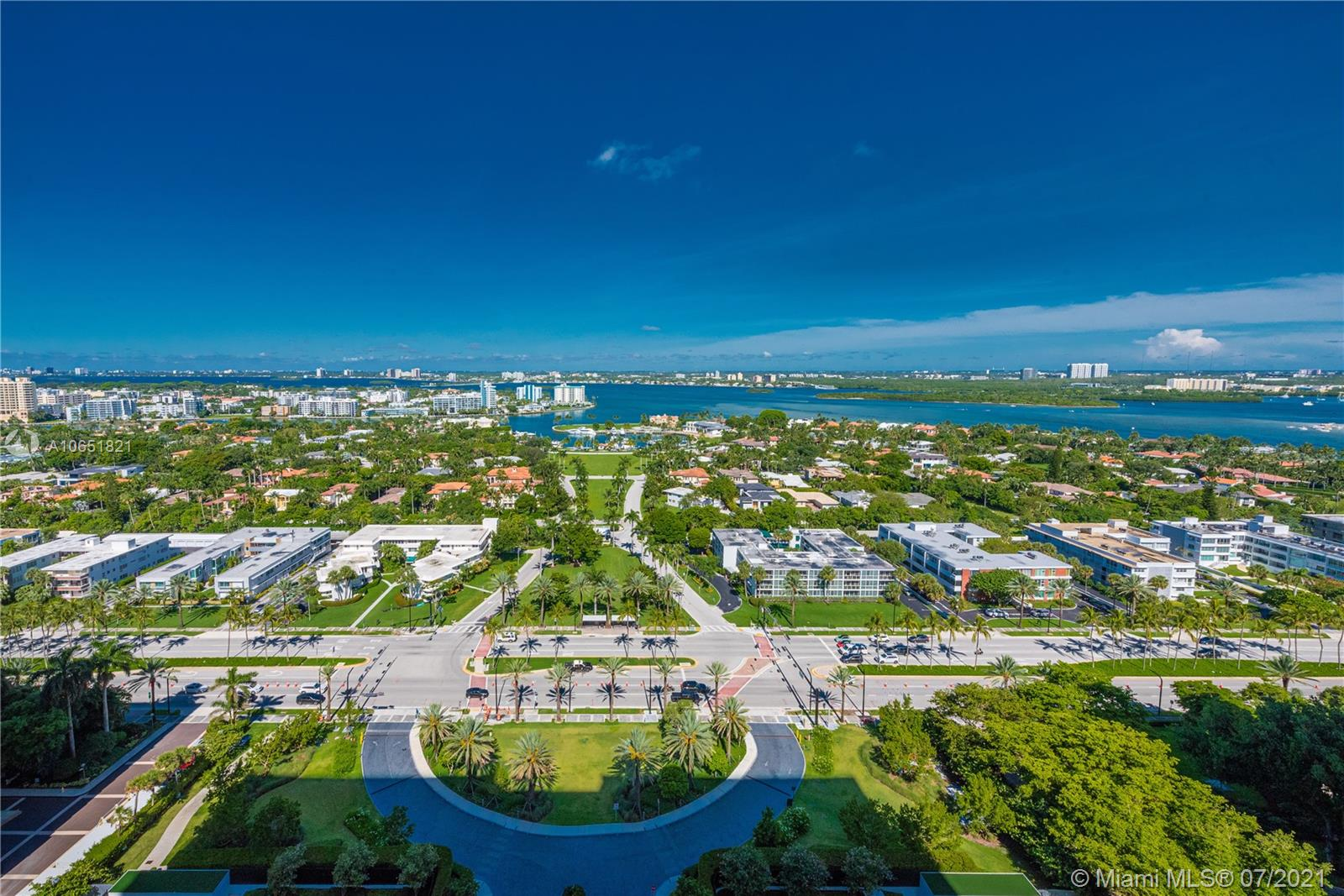 10201 Collins Ave #2107W photo03