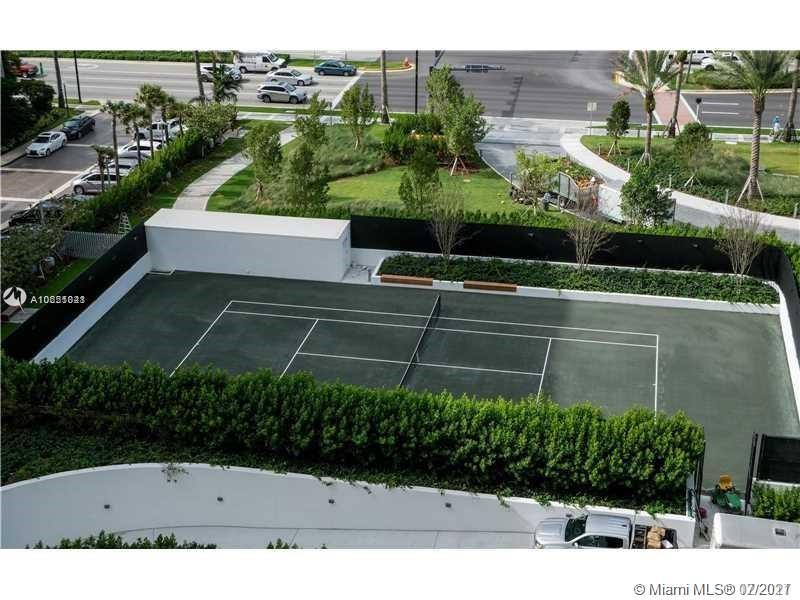 10201 Collins Ave #2107W photo032