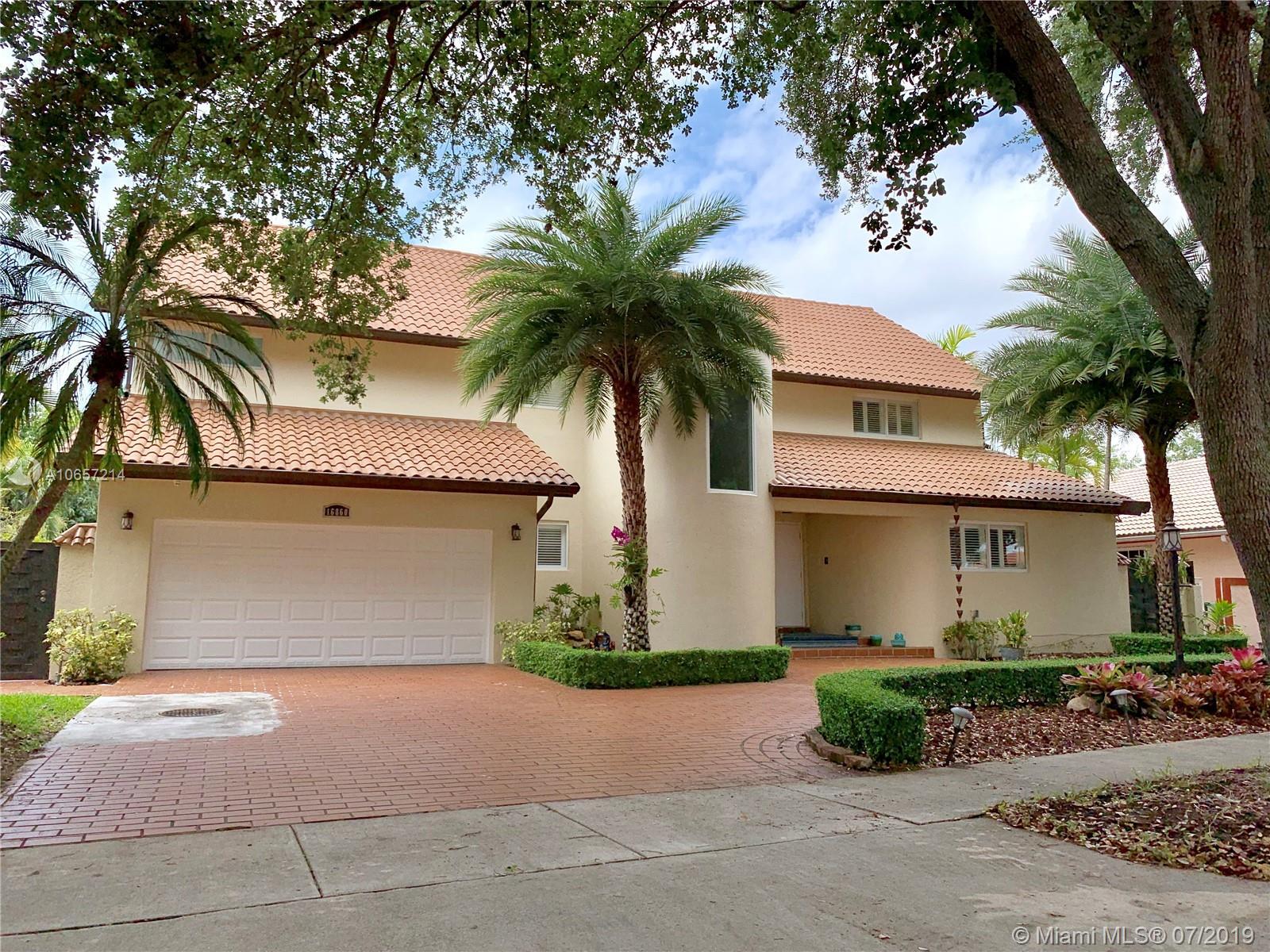 Miami Lakes - 16860 NW 81st Ave, Miami Lakes, FL 33016