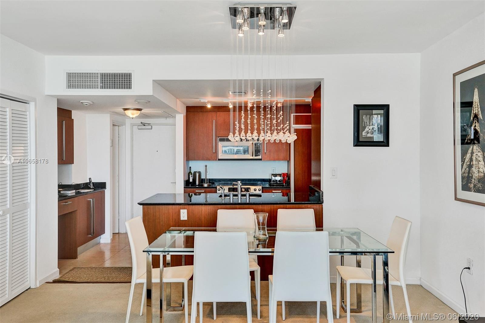 10275 Collins Ave #1011 photo06