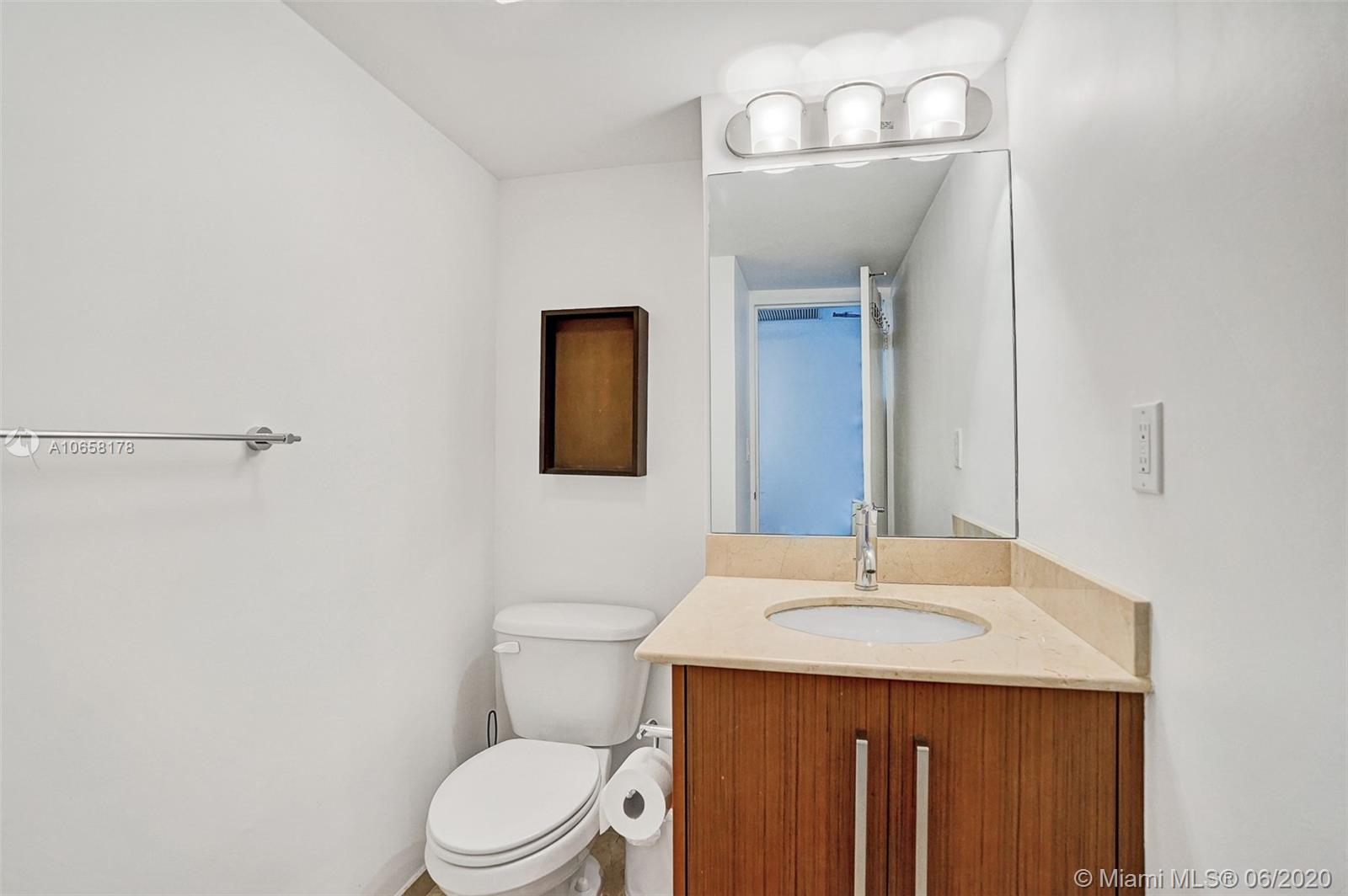 10275 Collins Ave #1011 photo013