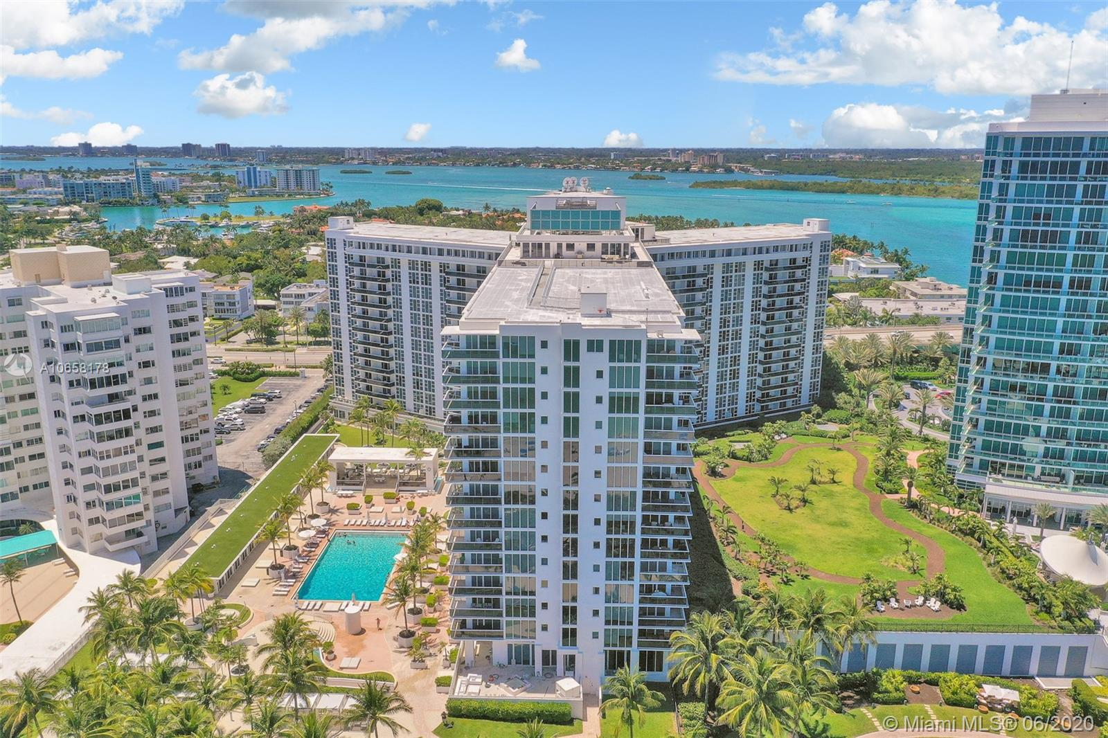 10275 Collins Ave #1011 photo043