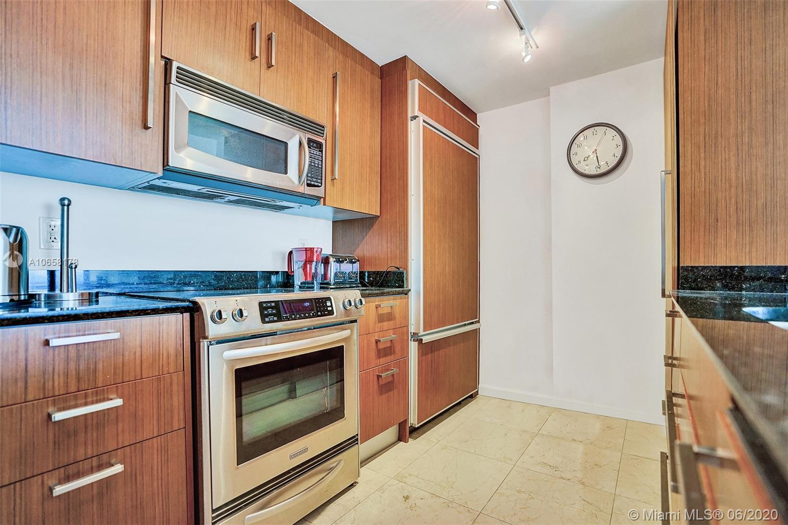 10275 Collins Ave #1011 photo016