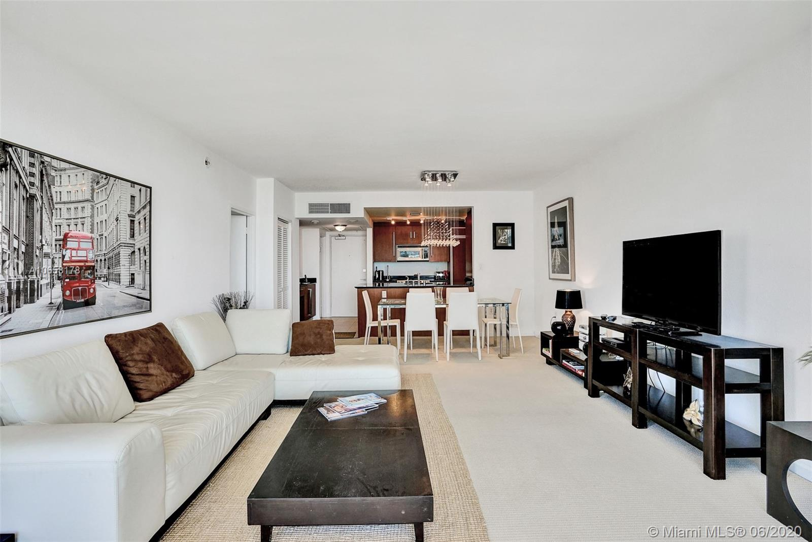 10275 Collins Ave #1011 photo010