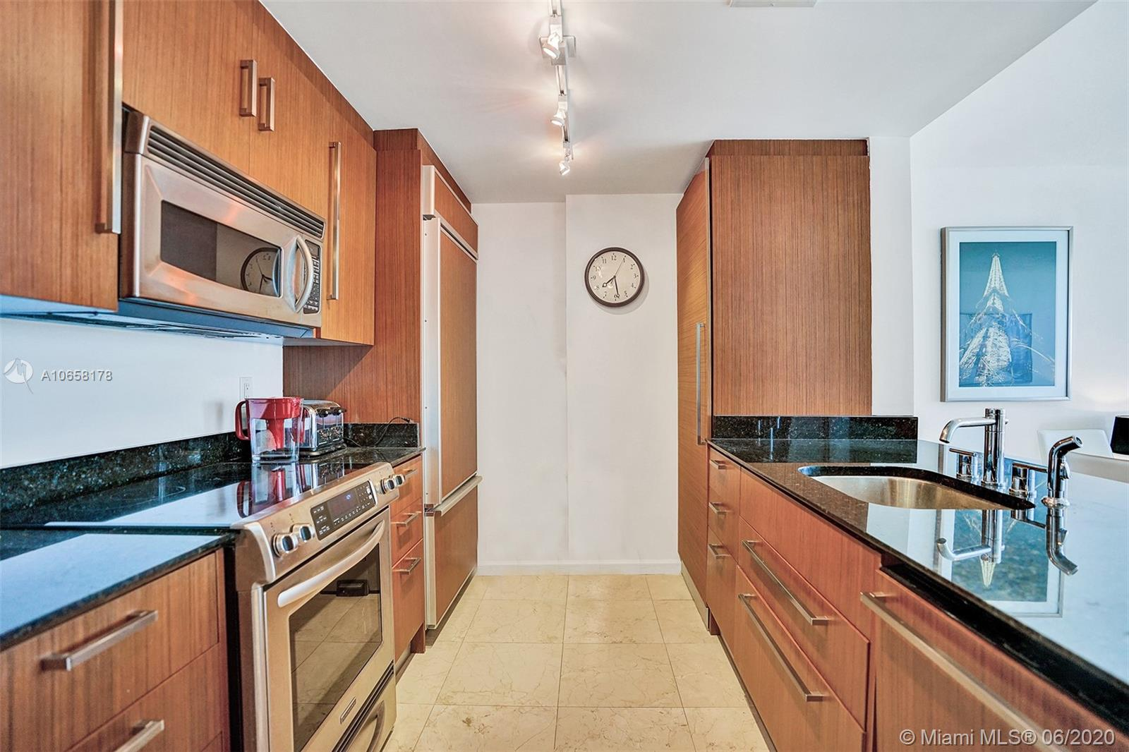 10275 Collins Ave #1011 photo014