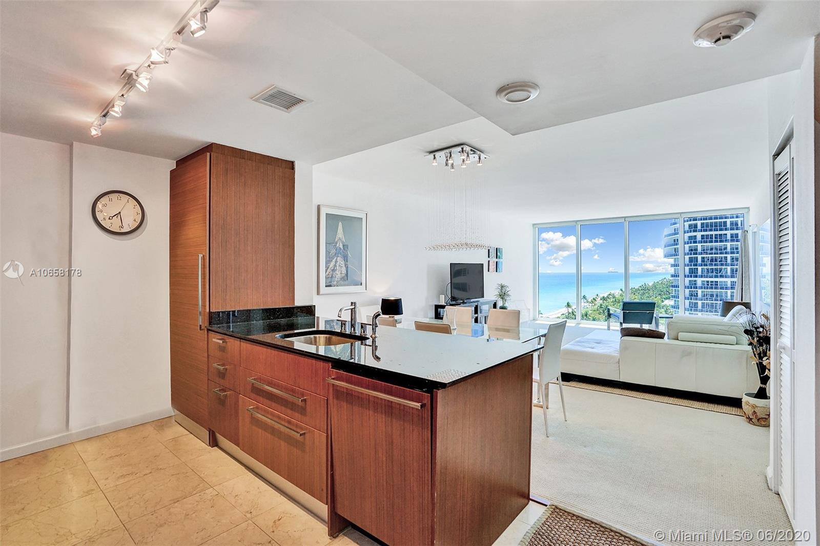 10275 Collins Ave #1011 photo015