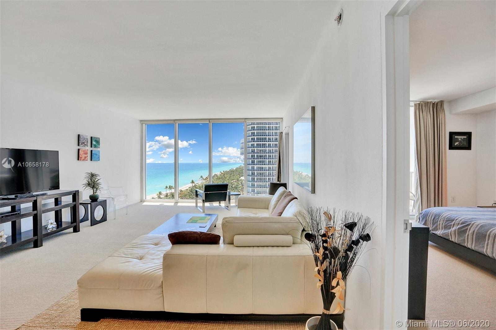 10275 Collins Ave #1011 photo011
