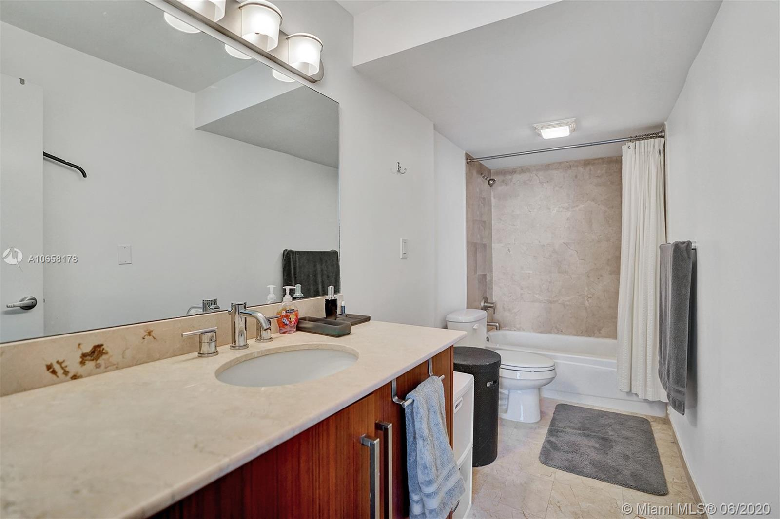 10275 Collins Ave #1011 photo019