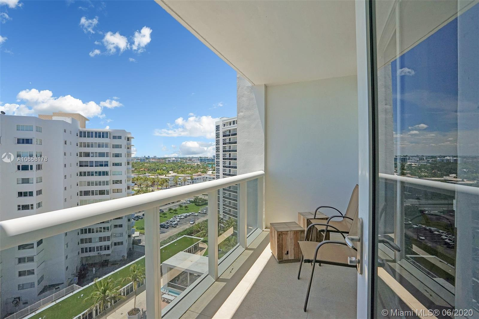 10275 Collins Ave #1011 photo08