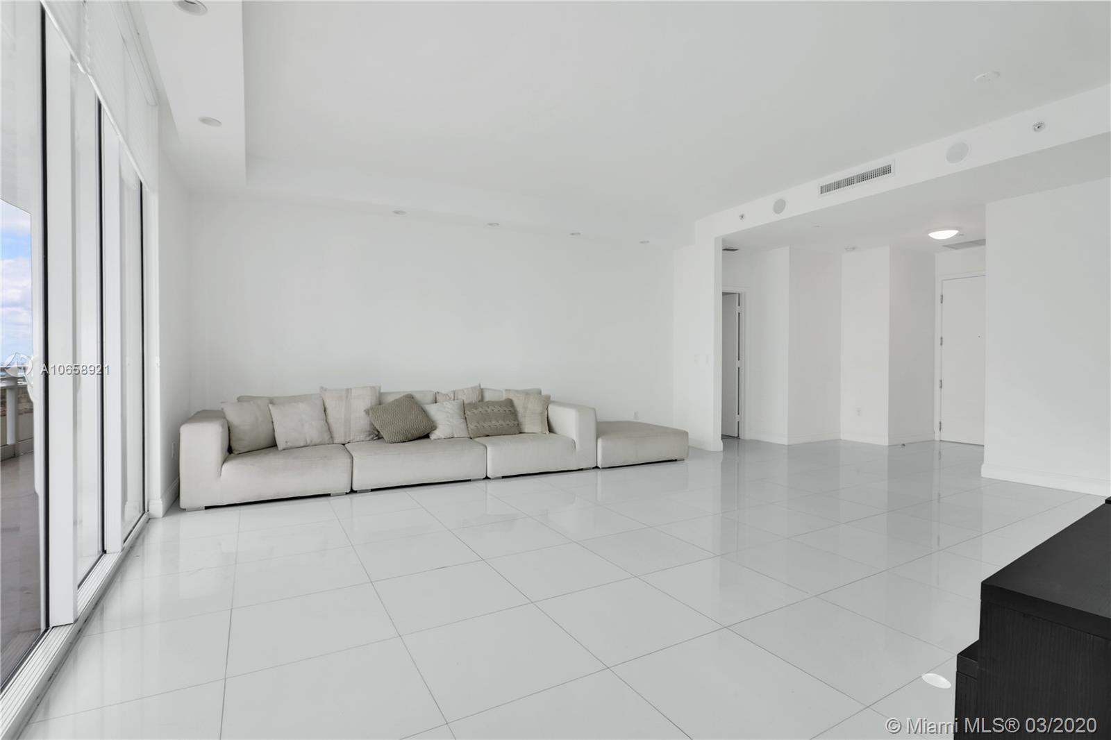 901 Brickell Key Blvd #3006 photo08