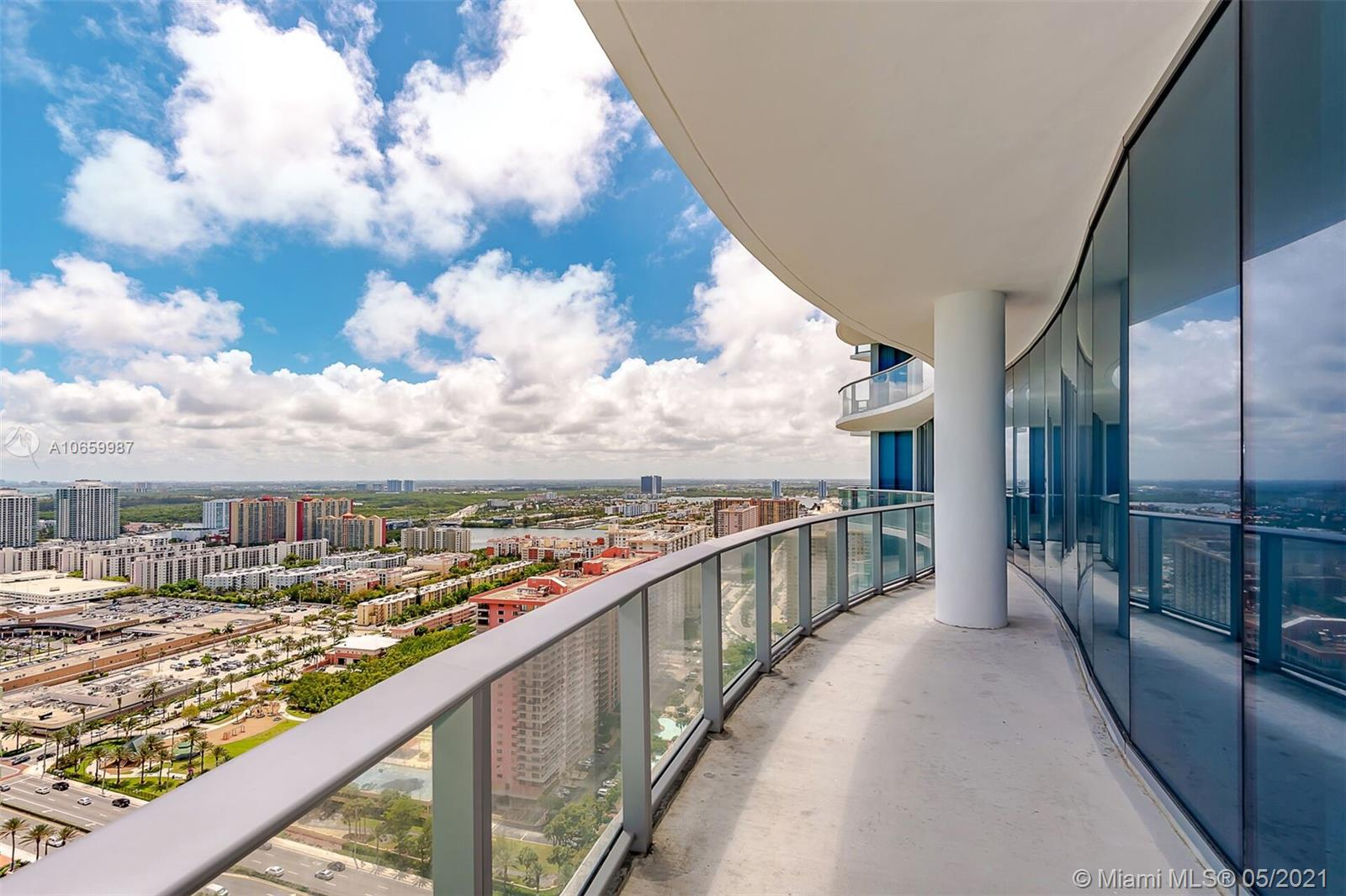 17475 Collins Ave #2701 photo03