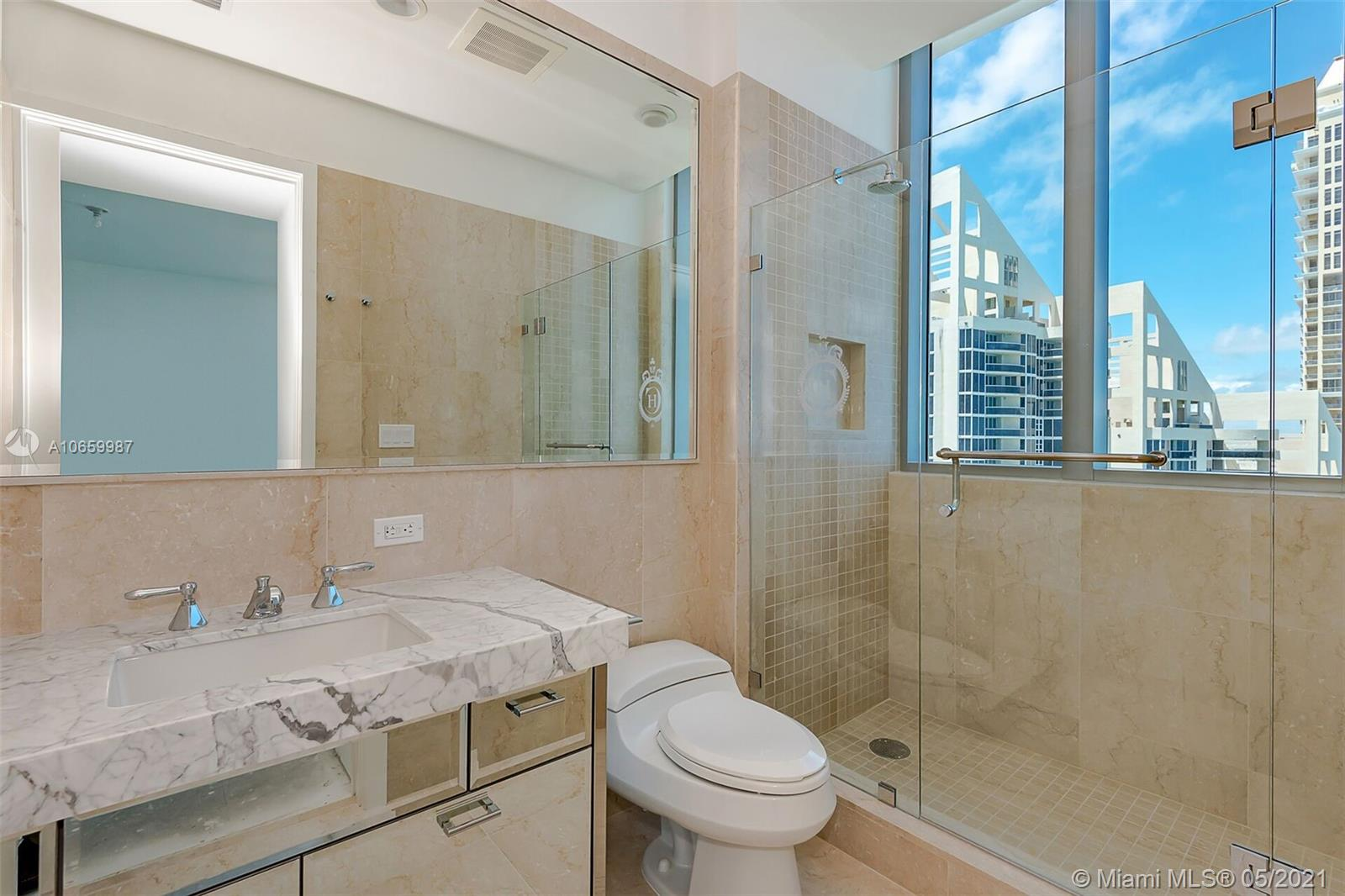 17475 Collins Ave #2701 photo024