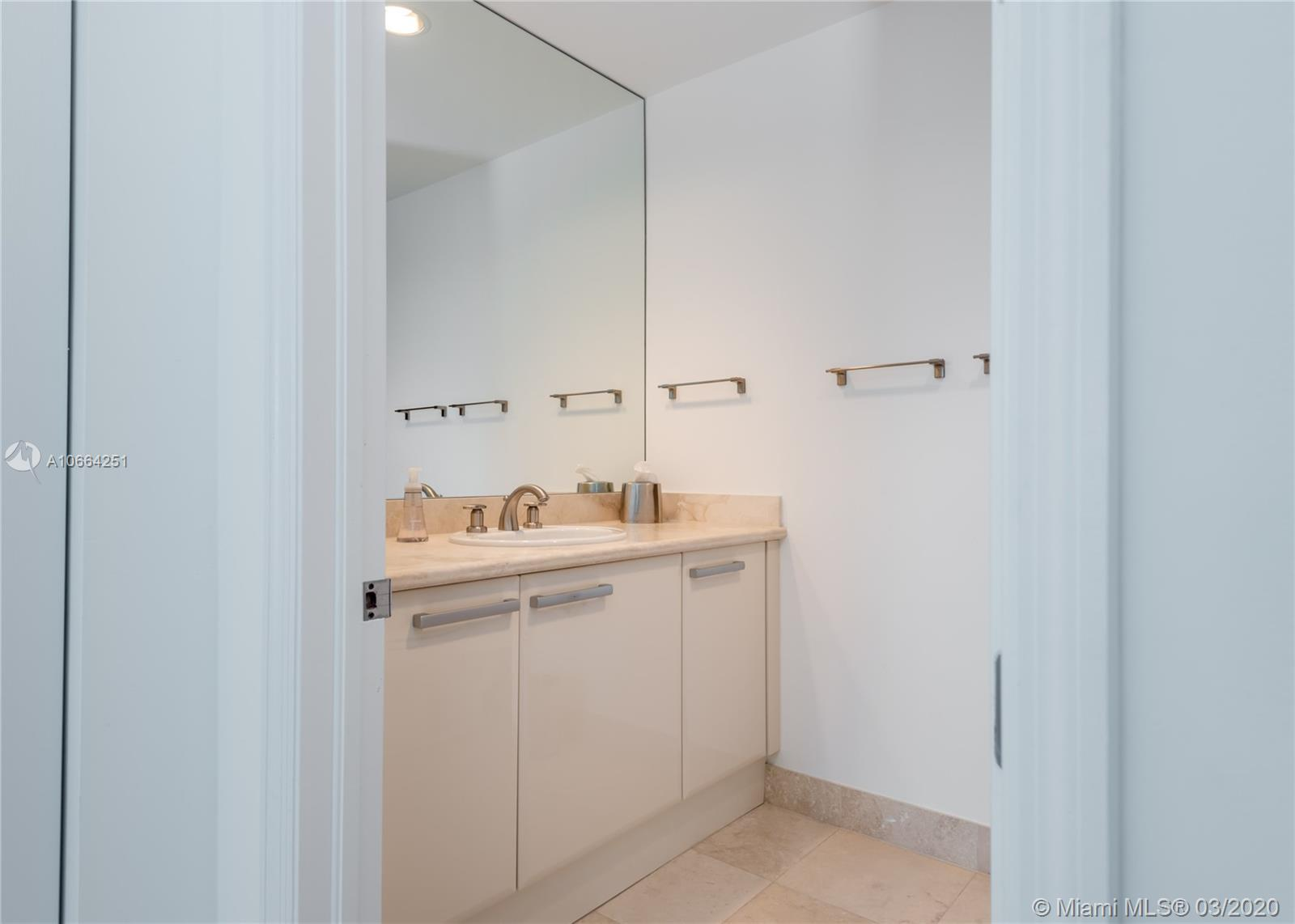 5959 Collins Ave #1202 photo019