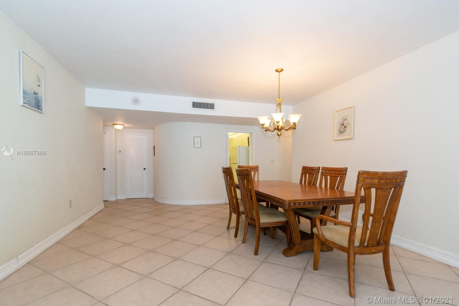 5825 Collins Ave #6C photo020