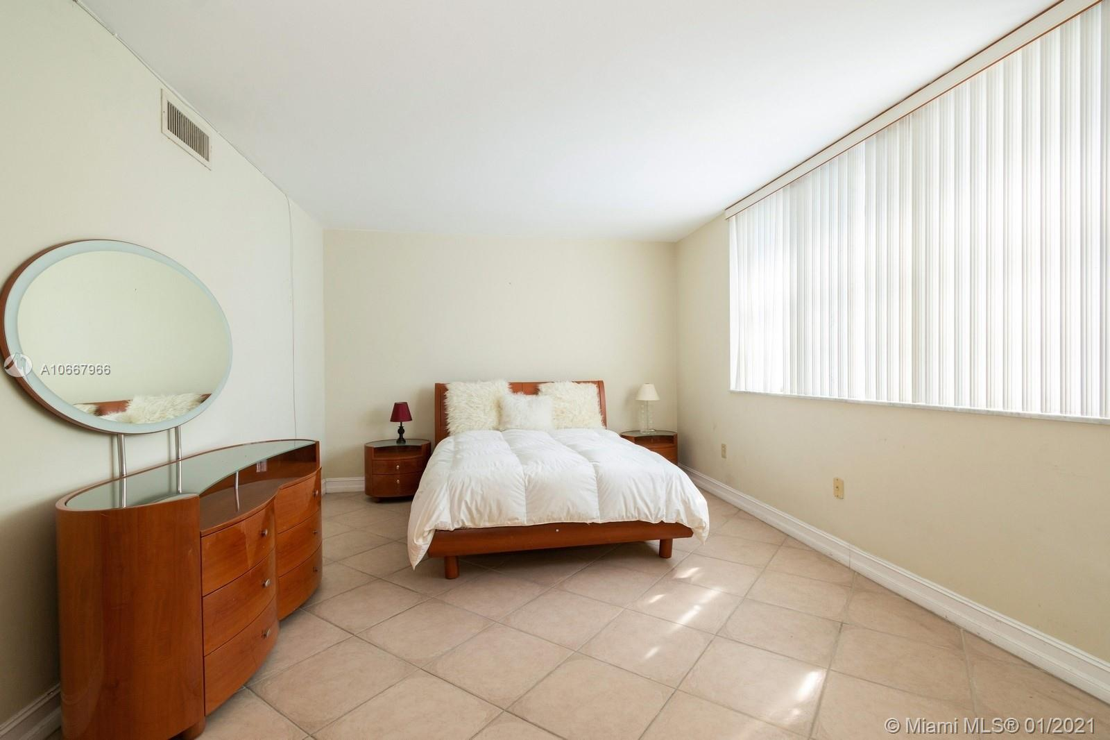 5825 Collins Ave #6C photo037