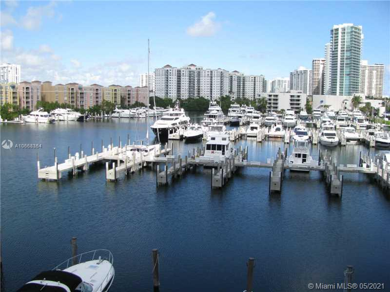 Turnberry Towers #22C - 19355 TURNBERRY WY #22C, Aventura, FL 33180