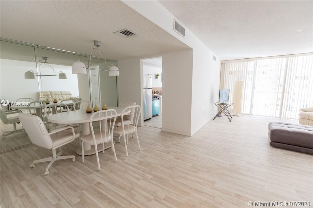18061 Biscayne Blvd #501 photo016