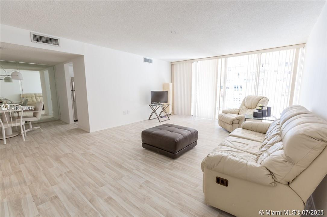 18061 Biscayne Blvd #501 photo010