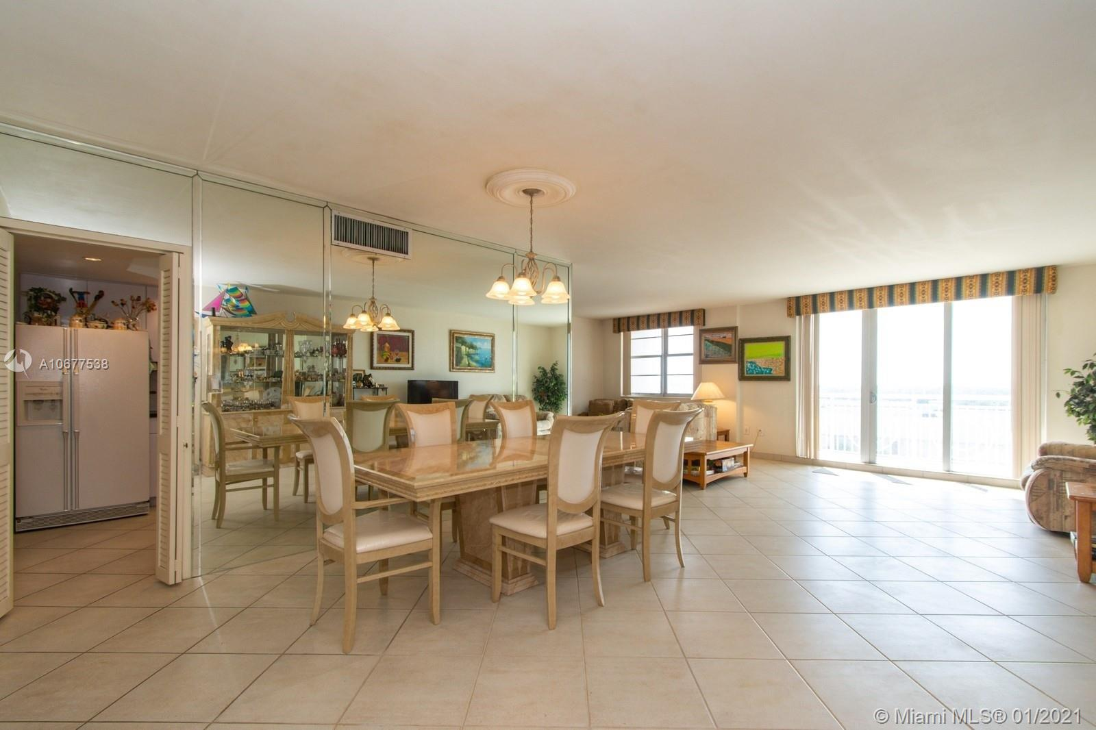 5825 Collins Ave #6B photo024