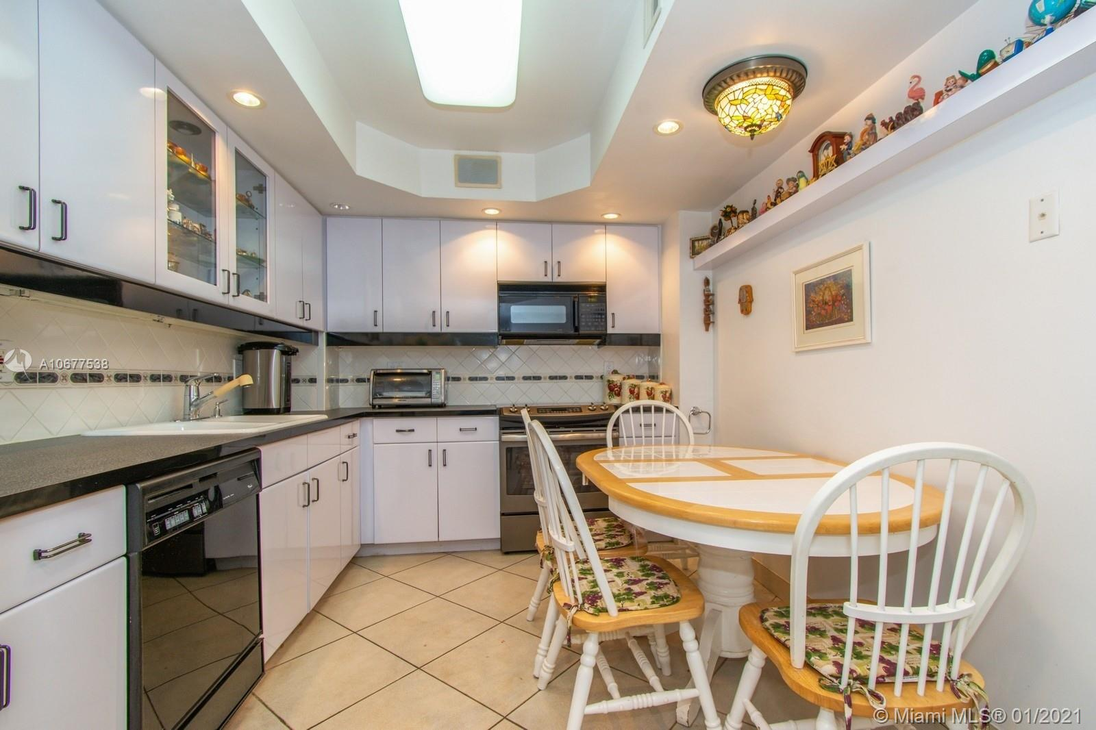 5825 Collins Ave #6B photo030