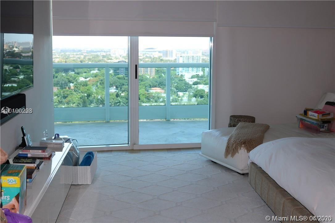 2127 Brickell Ave #2205 photo011