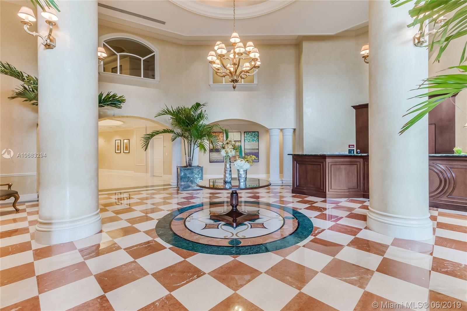 Property 20000 E Country Club Dr #811 image 15