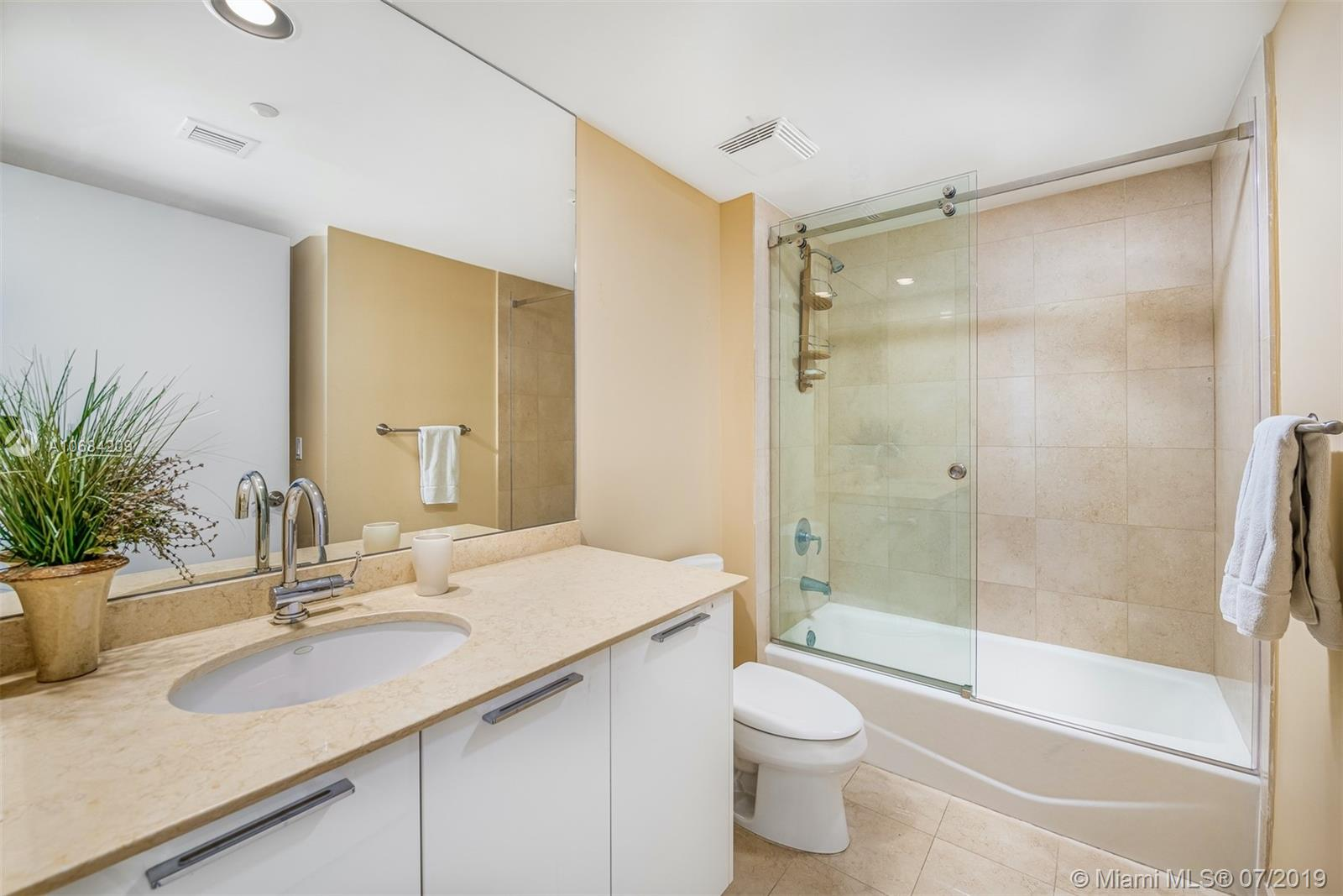 18911 Collins Ave #2501 photo027