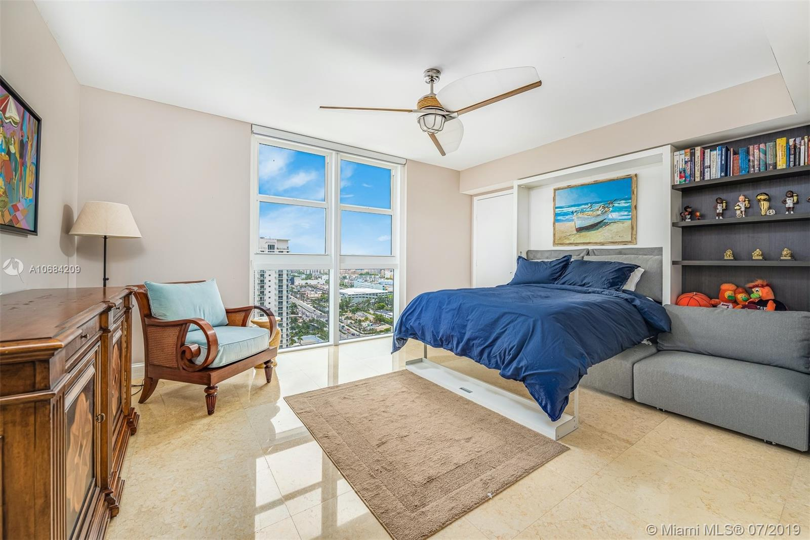 18911 Collins Ave #2501 photo028