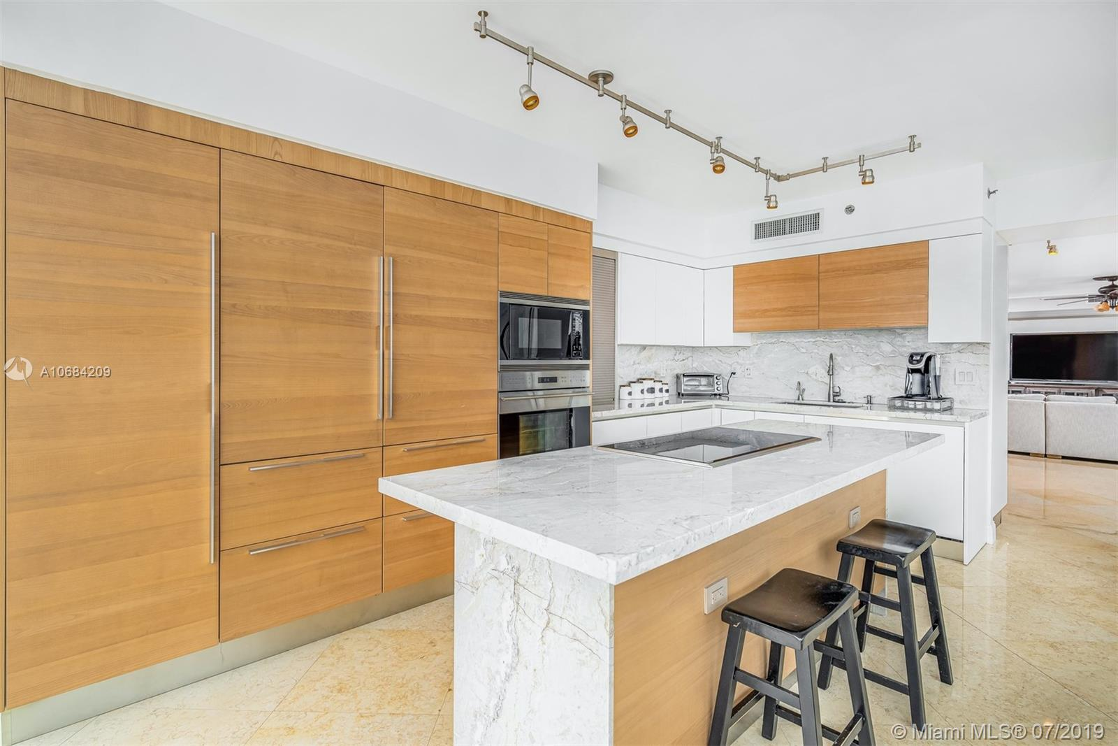 18911 Collins Ave #2501 photo014