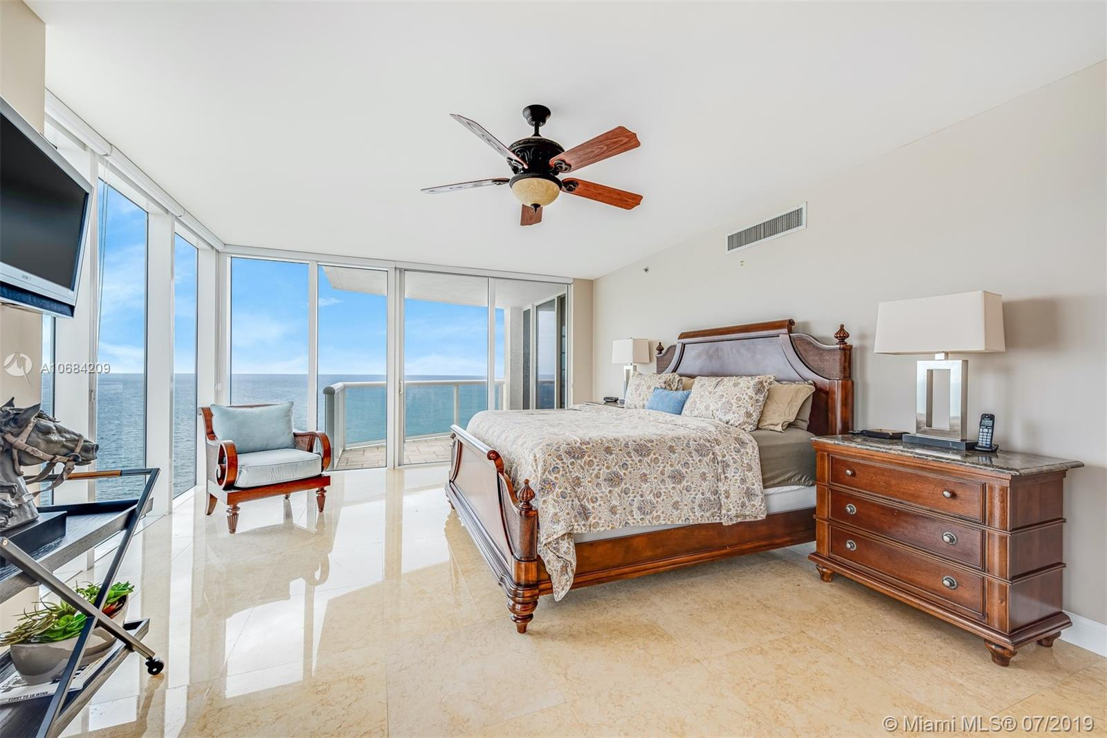 18911 Collins Ave #2501 photo021