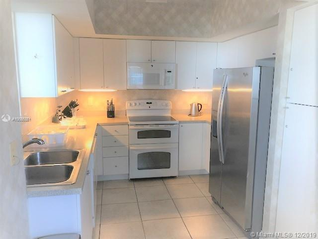 17375 Collins Ave #2608 photo024