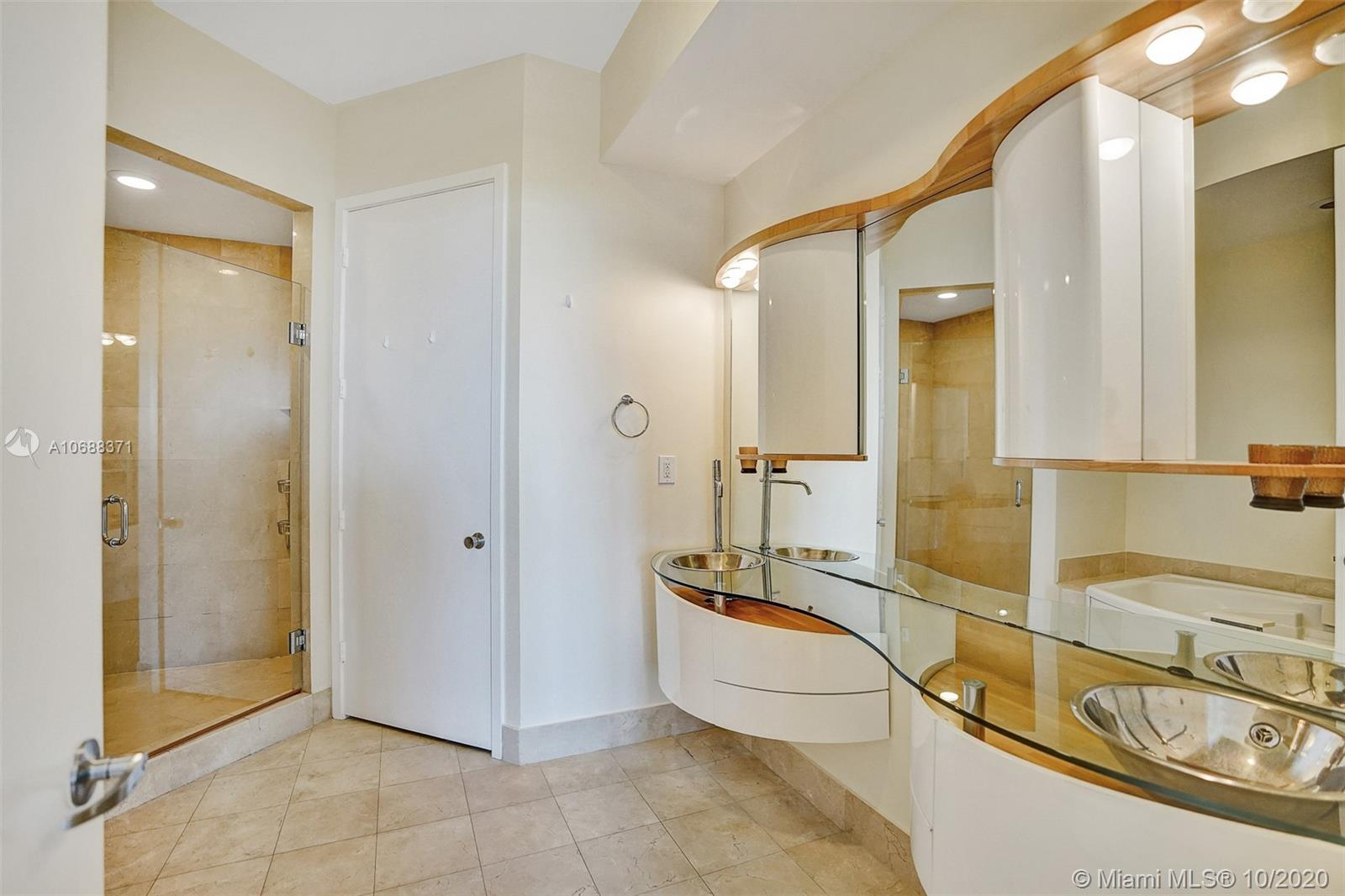 18101 Collins Ave #808 photo027