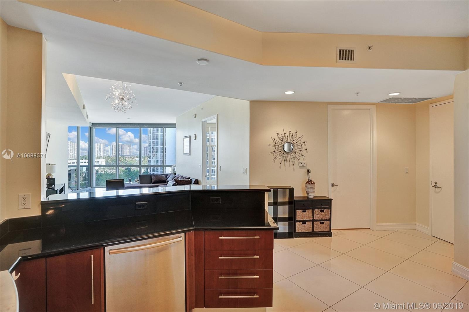 18101 Collins Ave #808 photo017