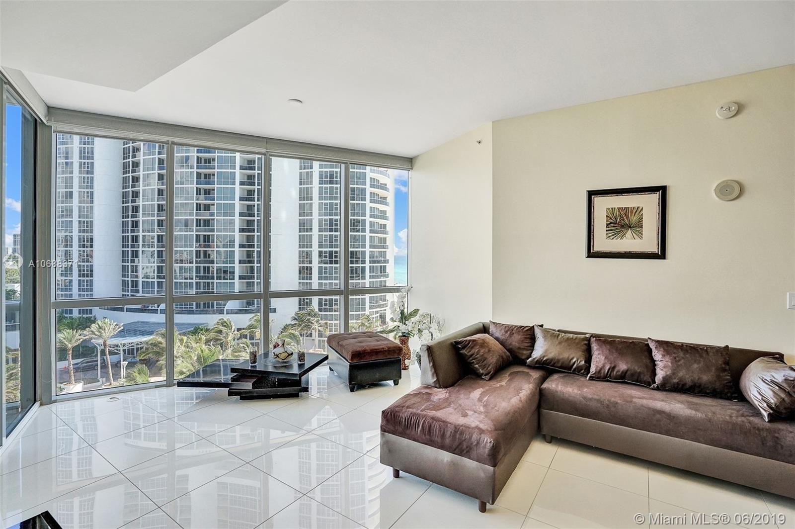 18101 Collins Ave #808 photo03